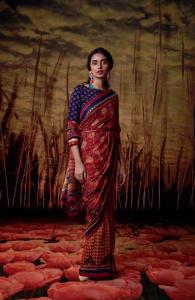 https://uniquetimes.org/wp-content/uploads/2019/01/Ritu-Kumar-1.png