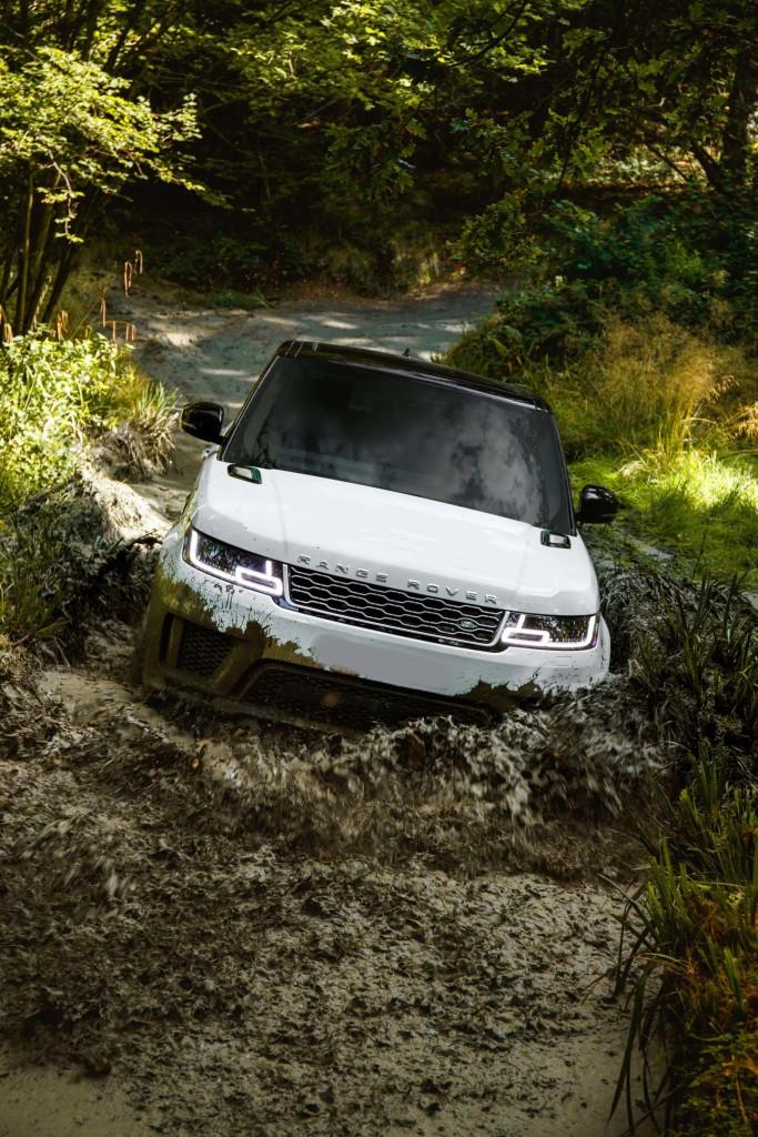 Range-Rover-Sport-Plug-in-Hybrid-9